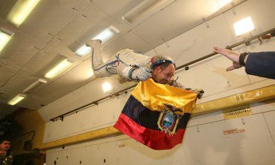 Gravedad 0 - Ecuador