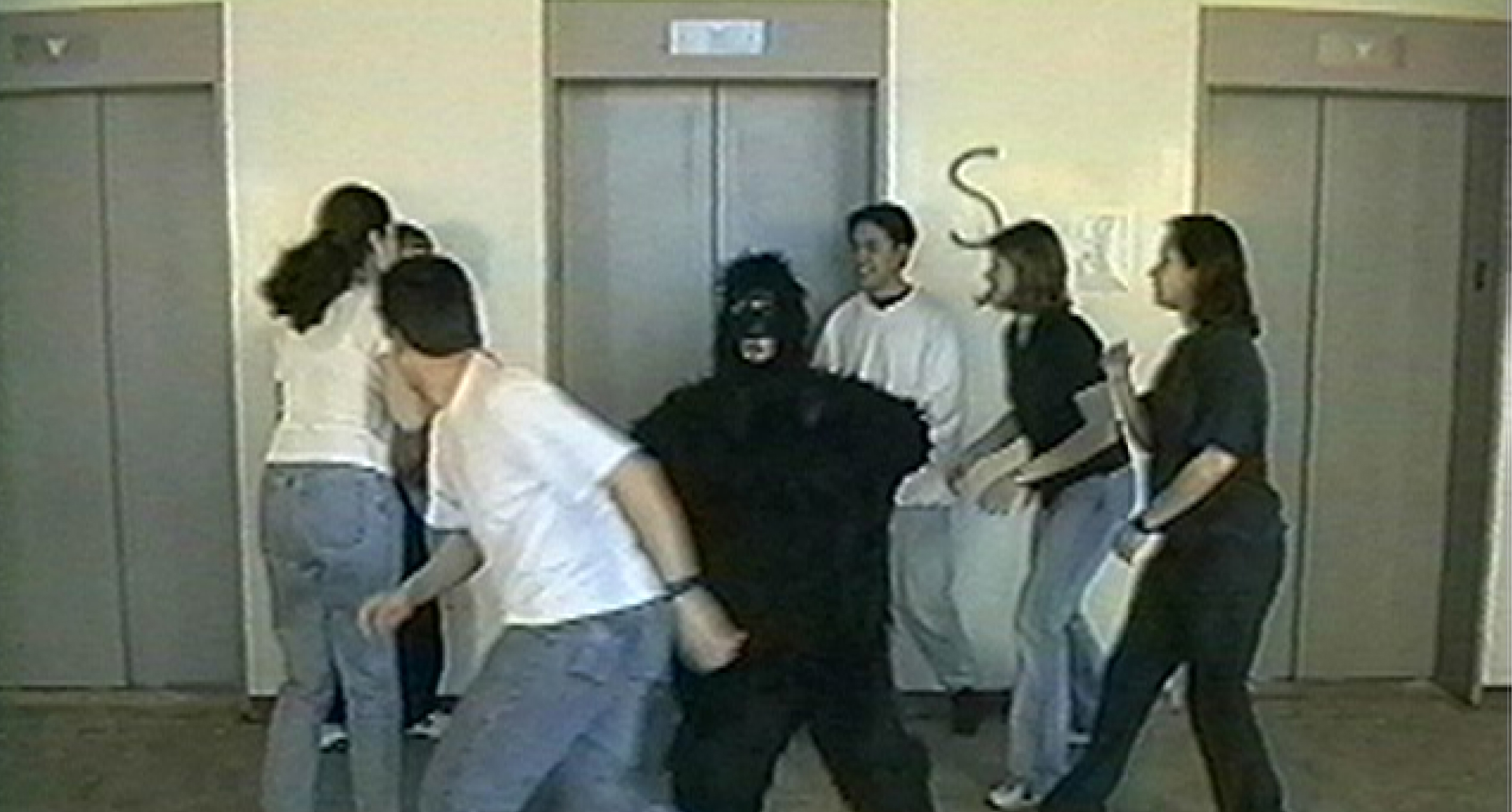 Foto del experimento original del Efecto Gorila