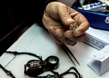 Presentan en Israel una criptomoneda respaldada por diamantes