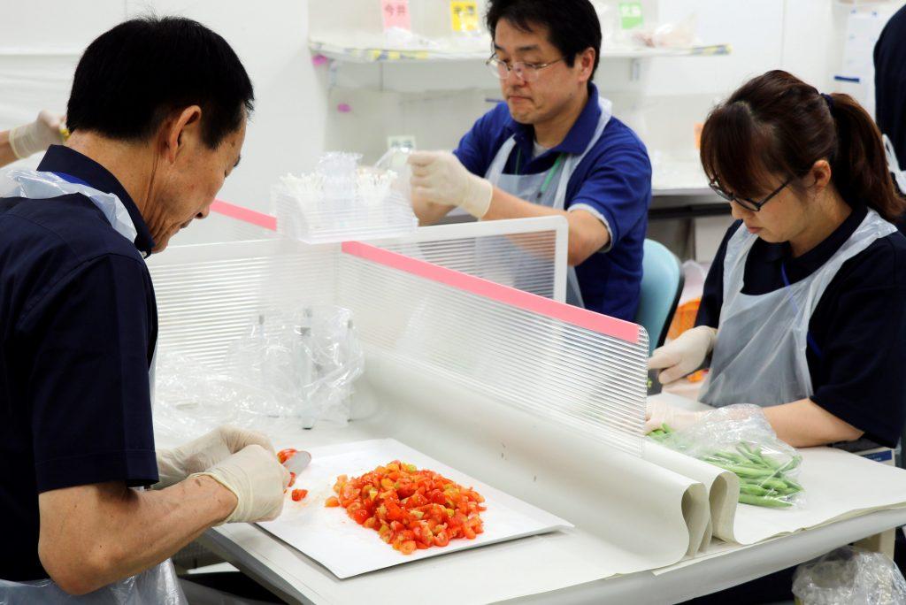 Pocos quieren comprar las frutas y el pescado de Fukushima