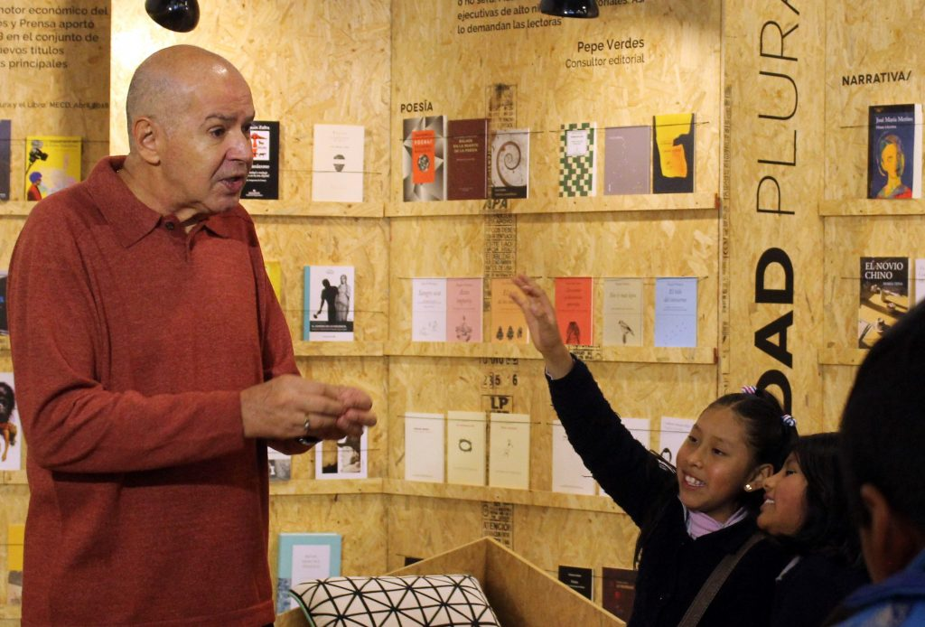 """Ricardo Alcántara: """"Es necesario que los niños se eduquen en la lectura"""""""