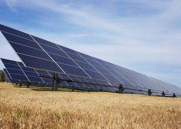 Uruguay inaugura planta de generación solar fotovoltaica