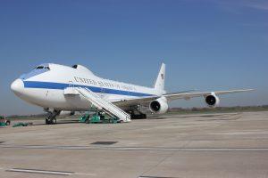 El Air Force E-4B, una fortaleza volante para el jefe Pentágono