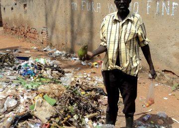 El largo camino de Uganda para prohibir las bolsas de plástico