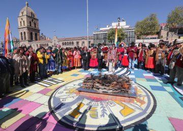 Bolivia inicia agosto con rituales milenarios de gratitud a la Madre Tierra