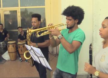 Una banda de concierto que marca la diferencia en Cuba
