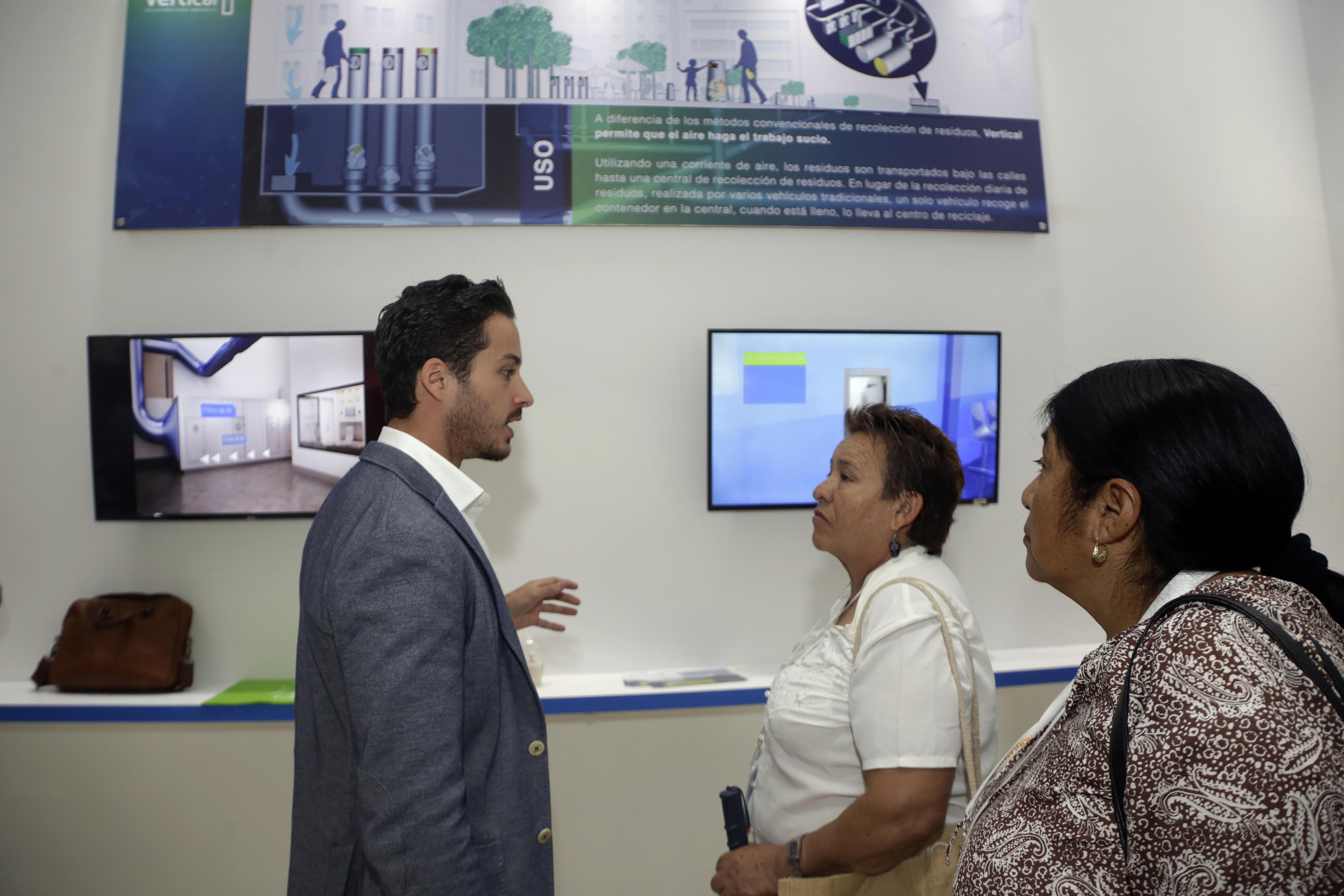 Desde topes inteligentes hasta recicladoras en la Smart City Expo Latam 2018