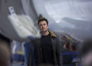 Empresario multimillonario japonés es el turista de la luna de SpaceX