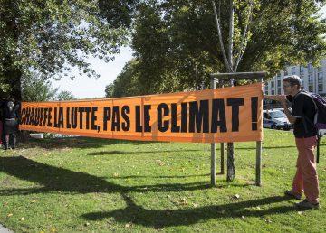 """""""Calienta la lucha, no el clima"""""""