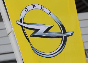 La policía registra varias sedes de Opel por el caso de los motores diésel