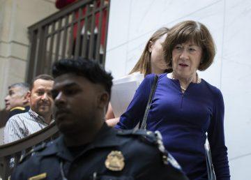 Los senadores revisan el informe del FBI previo a la votación sobre la nominación de la Corte Suprema de Kavanaugh