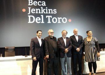 Presentan Beca Jenkins - Del Toro para futuros cineastas
