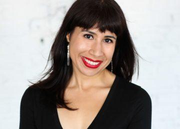 """La poesía salvó a Erika L. Sánchez de ser """"invisible, pobre y de color café"""""""