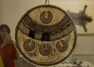 Escudo ceremonial mexica protagoniza muestra en el Castillo de Chapultepec