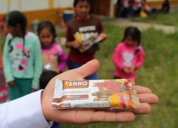 Una galleta rica en hierro, una solución contra la anemia en Perú