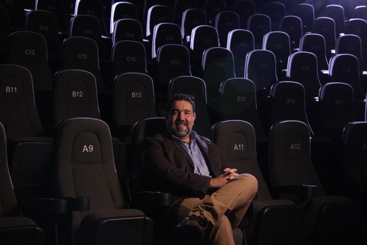 Reconocimiento Forjadores de la Industria para Carlos Gutierrez, pionero de la animación en Jalisco