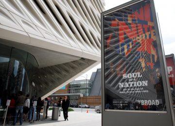 """Museo de Los Ángeles rastrea las huellas artísticas del """"black power"""""""