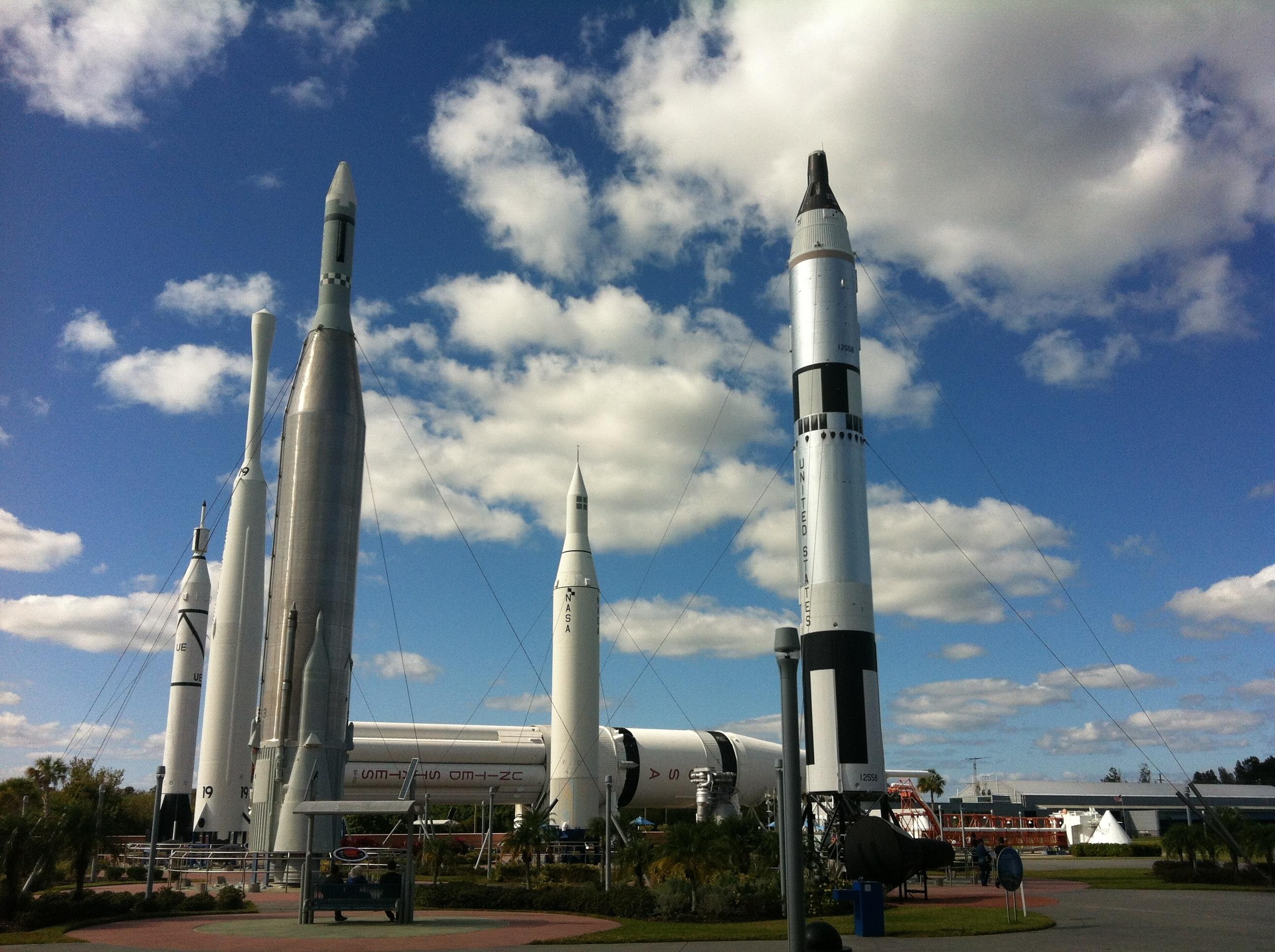 Nuevo propulsor de más de 200 toneladas para cohetes chinos completa prueba