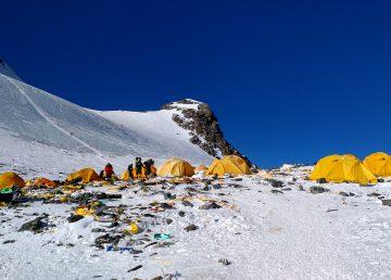 """Inodoros """"ecológicos"""" a 7.000 metros de altitud en el Everest"""