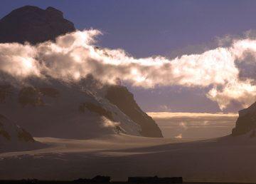 Investigación indica que a menor presencia de nubes aumenta el hielo