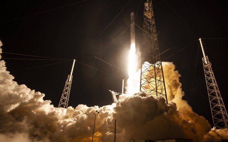China prueba con éxito motor de cohete de oxígeno líquido y metano