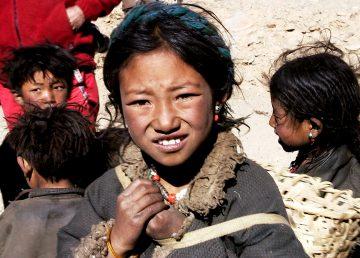 Publican novela sobre el alivio de la pobreza en región tibetana de China
