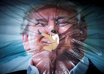 Una galería de Belfast ofrece al público saltar sobre una foto de Trump
