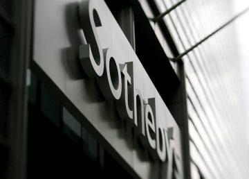 Casa de subastas Sotheby's estrena dueño y deja de cotizar en bolsa