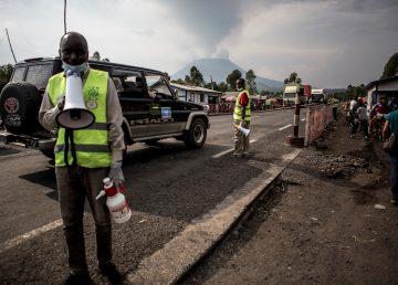 Primer caso mortal de ébola en ciudad congoleña desata alerta en OMS