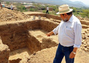 Descubren en Perú templo megalítico de 3.000 años de culto al agua