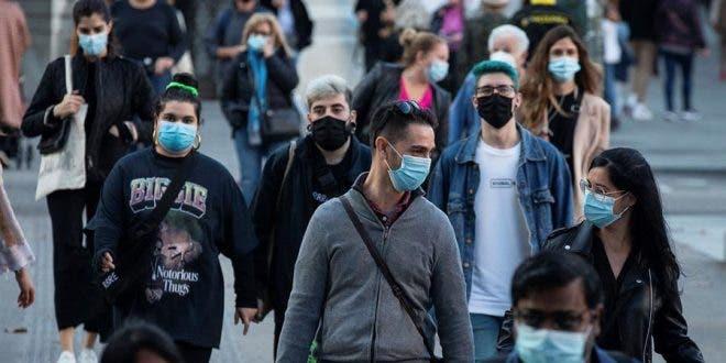 La OMS mantiene la emergencia mundial porque ve lejos el fin de la pandemia